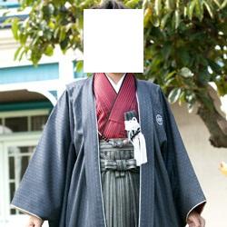 (加藤)KATO 527-6028  ジュニア男児羽織袴セット ポリ 濃グレー・赤黒縞 13才 85cm 中国製