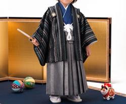 (加藤)KATO 男児羽織袴セット 黒 マルチ・群青 2才 45cm